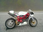 Production (Custom) Ducati 748, Ducati 748 - 2000 Ducati 748 Cafe Racer | For the Mr. | Motos Source: <a href='https://www.pinterest.com/pin/232920611951485023/' target='_blank'>https://www.pinterest.com/...</a>
