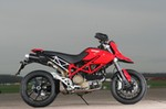Production (Stock) Ducati Hypermotard, Ducati Hypermotard - Picture gallery: KTM 990SM, Ducati Hypermotard and BMW HP2 ... Source: <a href='https://www.motorcyclenews.com/news/first-rides-tests/2008/january/jan3108supermototestgallery-/' target='_blank'>https://www.motorcyclenews.com/...</a>