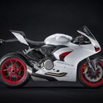 Production (Stock) Ducati Panigale V4, The Red Essence. In White Video Edition: 2020 DUCATI ... Source: <a href='https://japan.webike.net/moto_news/latest-news/20200709-the-red-essence-in-white-video-edition-2020-ducati-panigale-v2-introduces-new-color-white-red-livery/' target='_blank'>https://japan.webike.net/...</a>