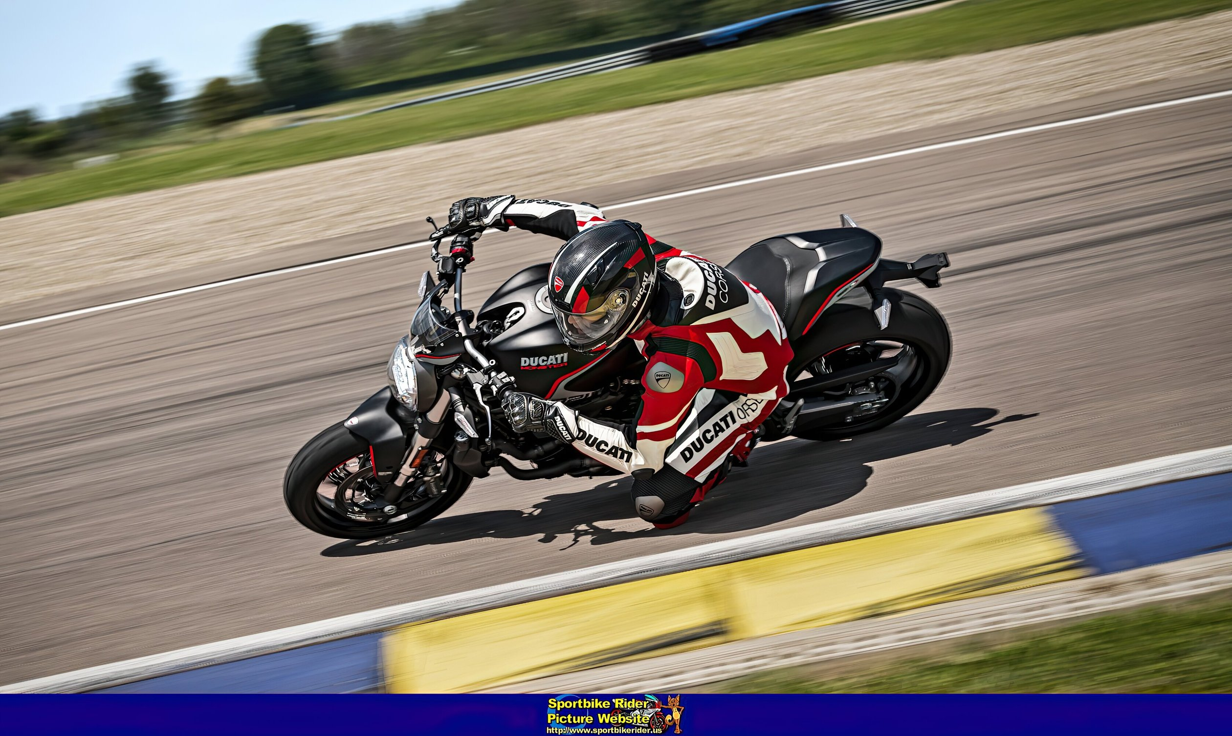 Ducati Monster Models - ID: 750154