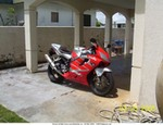 Production (Custom) Honda CBR600F4, My F4i with a new front end