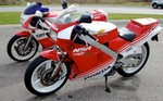 Production (Stock) Honda NSR250, 1989 Yamaha TZR 250 1987 Honda NSR250 MC16
