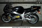 Production (Stock) Suzuki GSX-R1000, GSXR-1000 Here it is boys... Weight distribution is awesome, it's as flick-able as a 600. Power that leaves a Duc standing still… : )