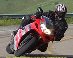 Production (Stock) Suzuki GSX-R1000, HERE'S A SHOT OF ME JUST BEFORE I PUT MY KNEE DOWN FOR THE FIRST TIME.