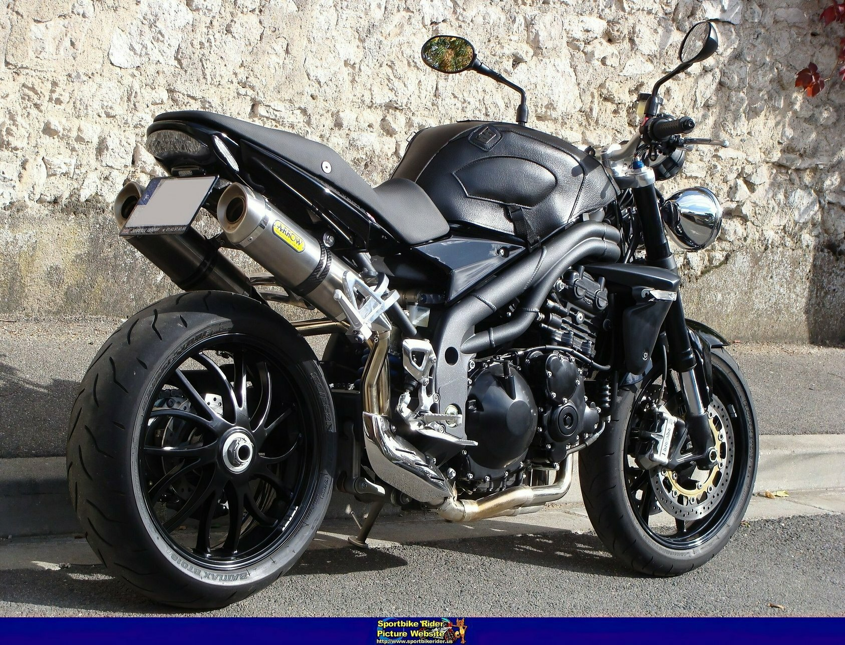 Triumph Speed Triple - ID: 338471