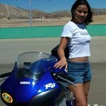 Women Yamaha YZF-R6, Hot babe with a Yamaha YZF-R6 motorcycle! a person in a blue 2000 Yamaha YZF-R6 sportbike