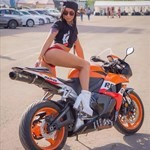 Women Honda CBR600RR, a person sitting on a motorcycle