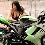 Women Kawasaki Ninja ZX-6R, a woman sitting on a motorcycle a woman sitting on a Kawasaki Ninja ZX-6R Sportbike