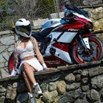 Women Yamaha YZF-R6, a person sitting on a rock