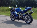 Production (Stock) Yamaha YZF-R1, true blue