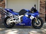 Production (Stock) Yamaha YZF-R1, <font color='blue'>Webmaster: This is my 2000 Yamaha R1. Carbon front and rear fender, Dussault undertail, Devil dual-shotgun exhaust, ART carbon fiber frame covers, Goodridge front and rear brake lines, carbon fiber heel gaurds, carbon fiber clutch cover, Race Tech front and rear suspension mods, color matched rear seat, LP smoke screen, LP carbon look tank bra, K&N jet kit, K&N air filter.</font>