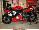 Production (Custom) Yamaha YZF-R6, This is my 2001 R6 that I just finished.  It has a powdercoated frame, and a mild graphics change.  Tell me what you think.